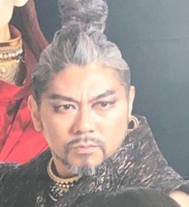 『ナイツ・テイル』シーシアス役の岸 祐二さん