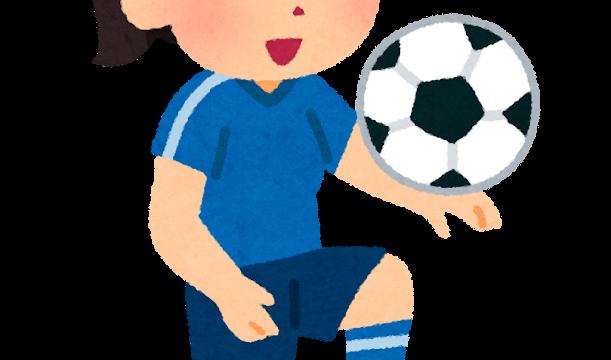 リフティングのイラスト(女子サッカー)